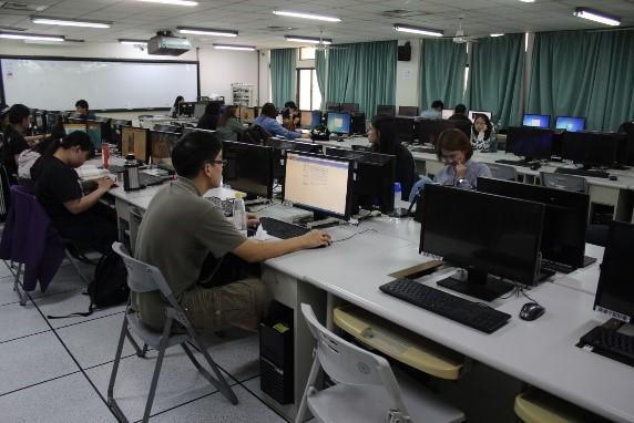 動漫設計實驗室(B502)